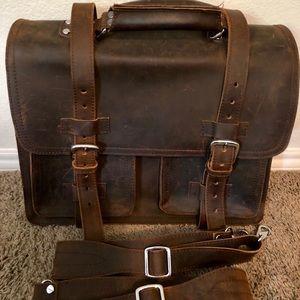 "EUC Leather Vagabond Traveler 17"" bag"
